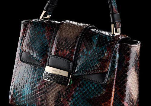 Detalles del bolso de la colección 'Serpenti Viper' e Bulgari