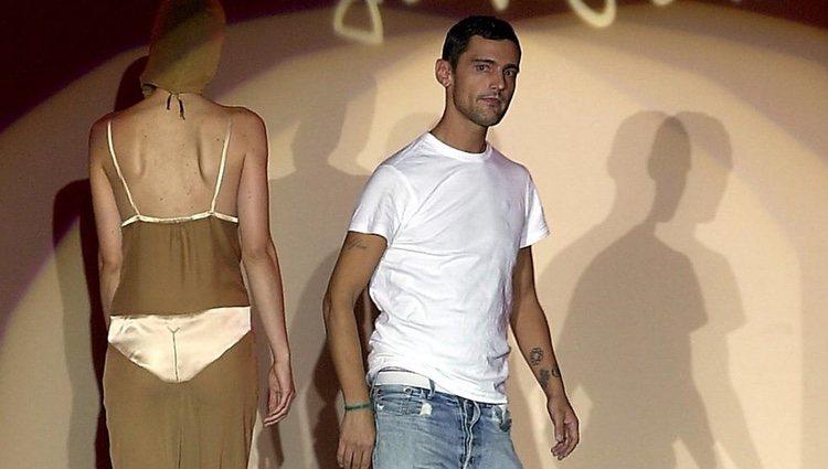David Delfín en debuta en la Pasarela Cibeles en 2002