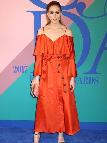 Olivia Palermo con un vestido de Banana Republic