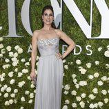 Stephanie J. Block en la alfombra roja de los Tony Awards 2017