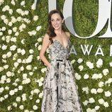 Laura Osnes en la alfombra roja de los Tony Awards 2017