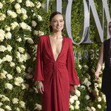 Olivia Wilde en la alfombra roja de los Tony Awards 2017
