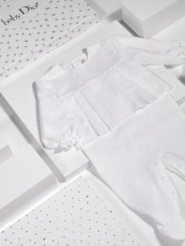 Conjunto plumeti bordado de Baby Dior
