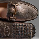 Zapato cobre metalizado de la colección 'Gommino' de Tod's para verano 2017