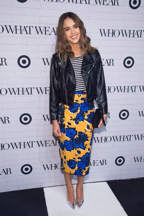 Jessica Alba con un estilismo mix and match