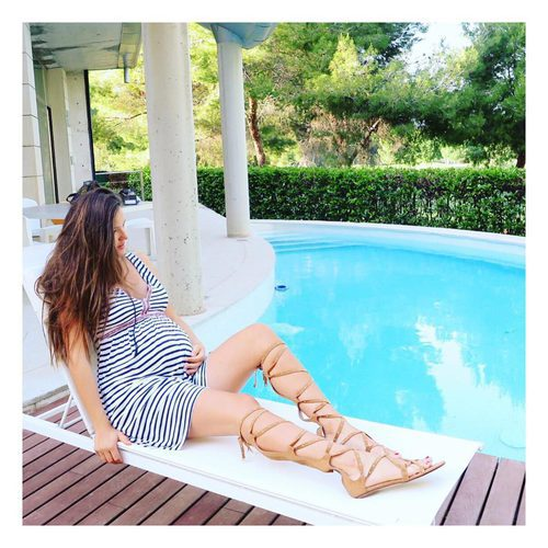 Malena Costa presume del embarazo de su segundo hijo