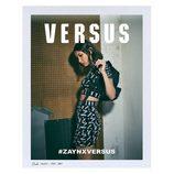Bella Hadid posando con crop top y falda de tubo para la colección 'ZAYN x VERSUS'