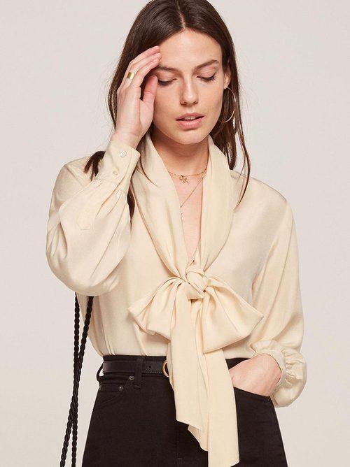 Camisa en color crudo de la colección vintage 2017 de Reformation