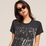Camiseta de los Ramones de la colección vintage 2017 de Reformation