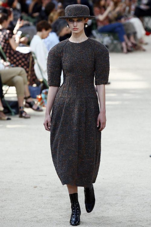 Vestido de tweed de la colección otoño/invierno de Alta Costura de Chanel para 2017/2018