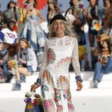 Vestido blanco estampado de Desigual de la Fashion Week de Ibiza 2017