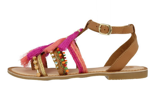 Sandalias boho con flecos rosas de la colección 'Bali' de Gioseppo