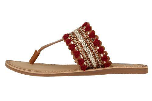 Sandalias boho con adornos dorados de la colección 'Bali' de Gioseppo