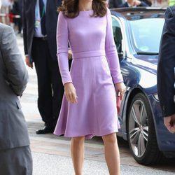 Los looks de la Duquesa de Cambridge en su viaje a Polonia y Alemania