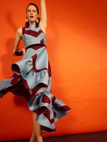 Vestido con volantes de la colección 'Heaven' de Dolores Promesas