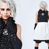 Cara Delevingne con vestido blanco y negro de la colección otoño/invierno 2017 de Chanel
