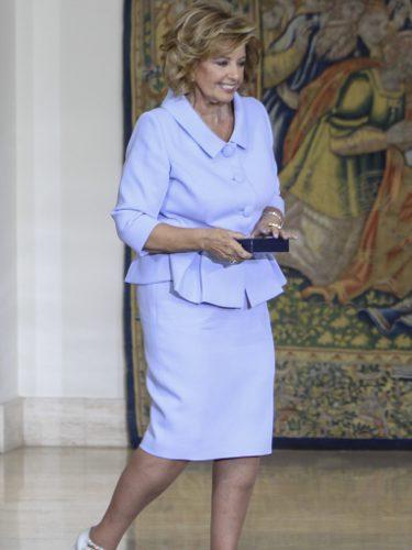 María Teresa Campos con un look serenity en La Moncloa
