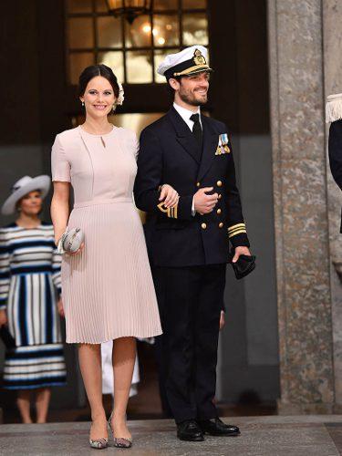Sofia de Suecia con un vestido rosa cuarzo en el cumpleaños del rey Carlos Gutavo