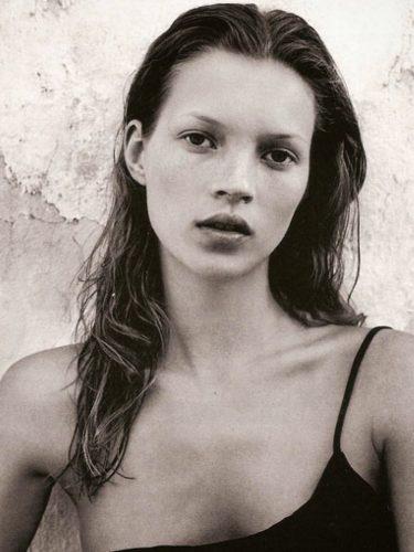 Kate Moss en su primera campaña con Calvin Klein en 1993