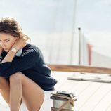 La campaña náutica de Omega cuenta con Alessandra Ambrosio para lucir sus relojes