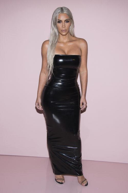Kim Kardashian en la Semana de la Moda de Nueva York con un vestido de látex