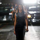 Joan Smalls desfilando para Alexander Wang en la Nueva York Fashion Week primavera/verano 2018