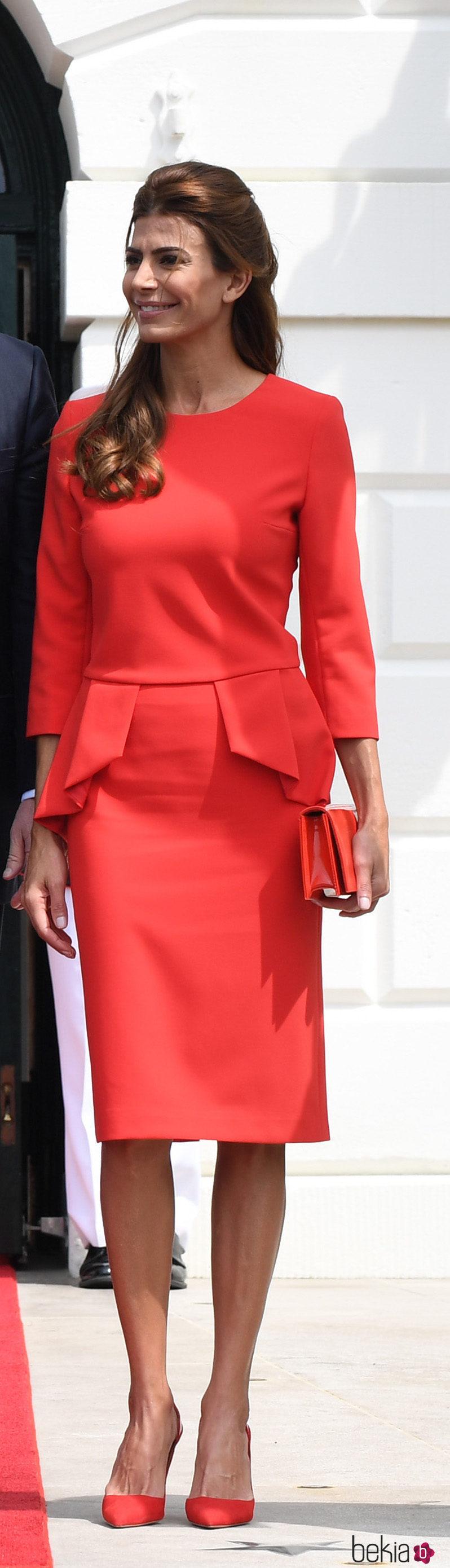 Juliana Awada con un vestido rojo en su visita oficial a Estados Unidos