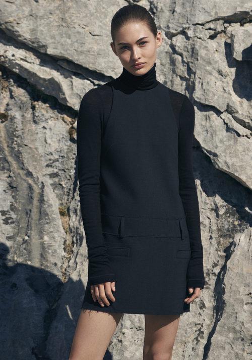 Vestido negro de H&M Studio otoño/invierno 2017/2018