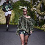 Jersey de punto en el desfile de Francis Montesinos en Madrid Fashion Week primavera/verano 2018