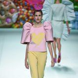 Pantalón recto de Ágatha Ruíz de la Prada primavera/verano 2018 en la Madrid Fashion Week