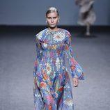 Vestido largo de flores de María Escoté primavera/verano 2018 para Madrid Fashion Week
