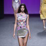 Vestido mini de Custo Barcelona primavera/verano 2018 en la Madrid Fashion Week