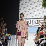 Total look rosa cuarzo de Jorge Vázquez primavera/verano 2018 en la Madrid Fashion Week