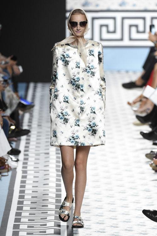 Vestido mini de Jorge Vázquez primavera/verano 2018 en la Madrid Fashion Week