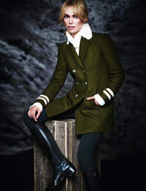 Abrigo verde de la colección otoño/invierno 2017/2018 de Patricia Conde para Dándara
