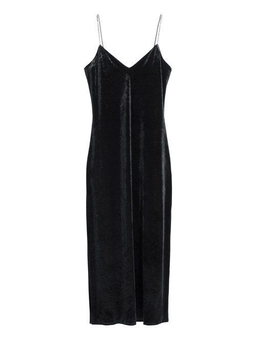 Vestido negro terciopelo con tirantes de cadenas de la nueva colección & Other Stories otoño/invierno 2017/2018