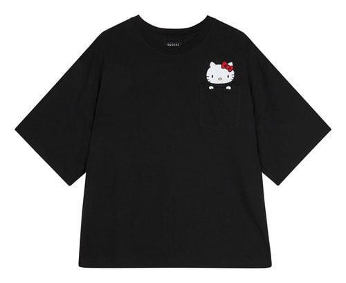 Camiseta básica negra de la colección de Hello Kitty para Asos de otoño/invierno 2017/2018