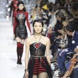 Vestido de tul en el desfile primavera/verano 2018 de Dior en Paris Fashion Week