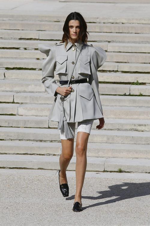 Vestido corto de Nina Ricci primavera/verano 2018 en la París Fashion Week