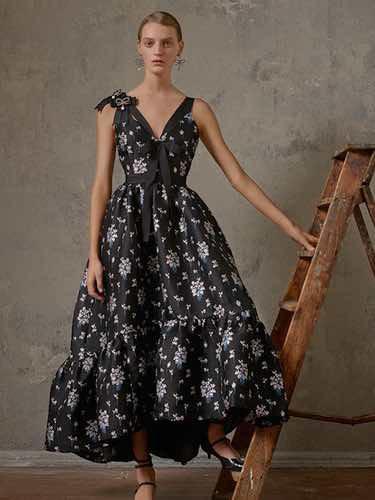 Vestido negro con flores de la colección Erdem x H&M