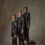 Trajes negros con estampado de flores de la colección Erdem x H&M