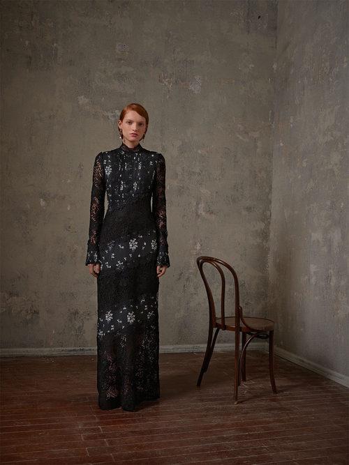 Vestido negro con encaje de la colección Erdem x H&M