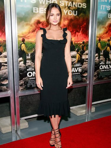 Keleigh Sperry con un total look en la premier de 'Only the brave' en Nueva York
