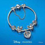 Pulsera con piezas de la colección de 'Disney' x Pandora