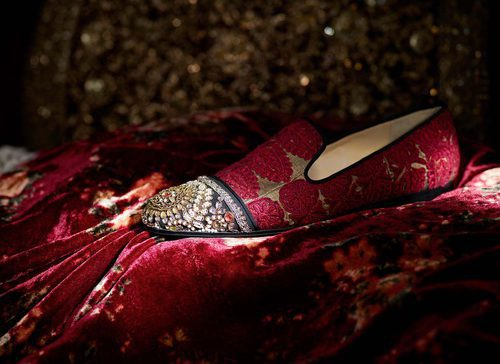 Mocasín con punta bordada de la colección cápsula de Christian Louboutin