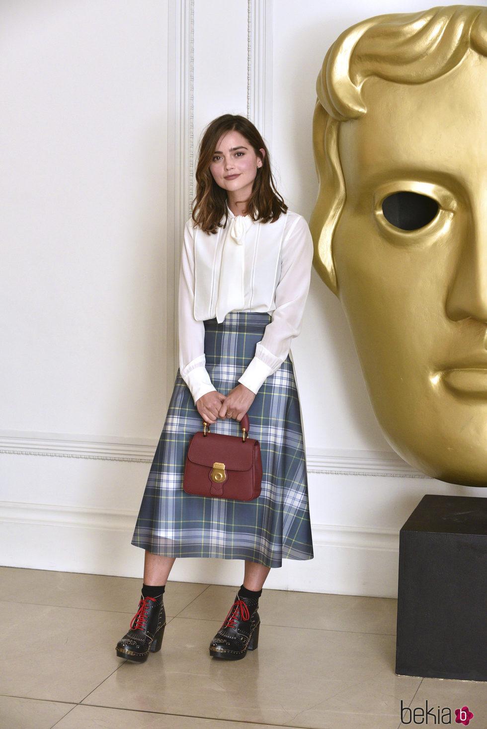 Jenna Coleman en la recepción de los premios de Cine de la Academia Británica en Londres