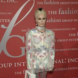 Daphne Guinness en la gala The Fashion International's 'Night of Stars' en Nueva York.