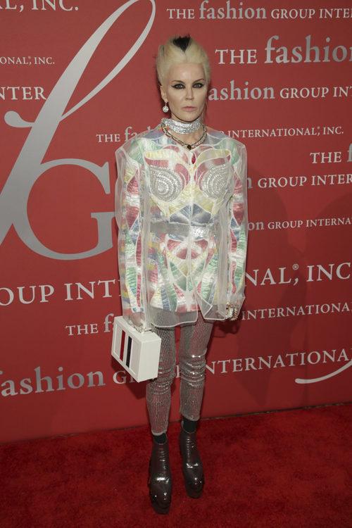 Daphne Guinness en la gala The Fashion International's 'Night of Stars' en Nueva York.