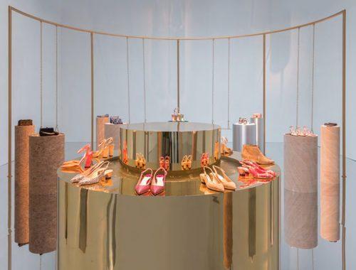 Complementos y zapatos de Jimmy Choo de la temporada primavera/verano 2018