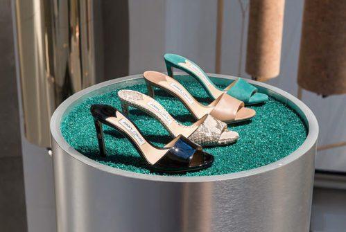 Zapatos abiertos de tacón de Jimmy Choo de la temporada primavera/verano 2018